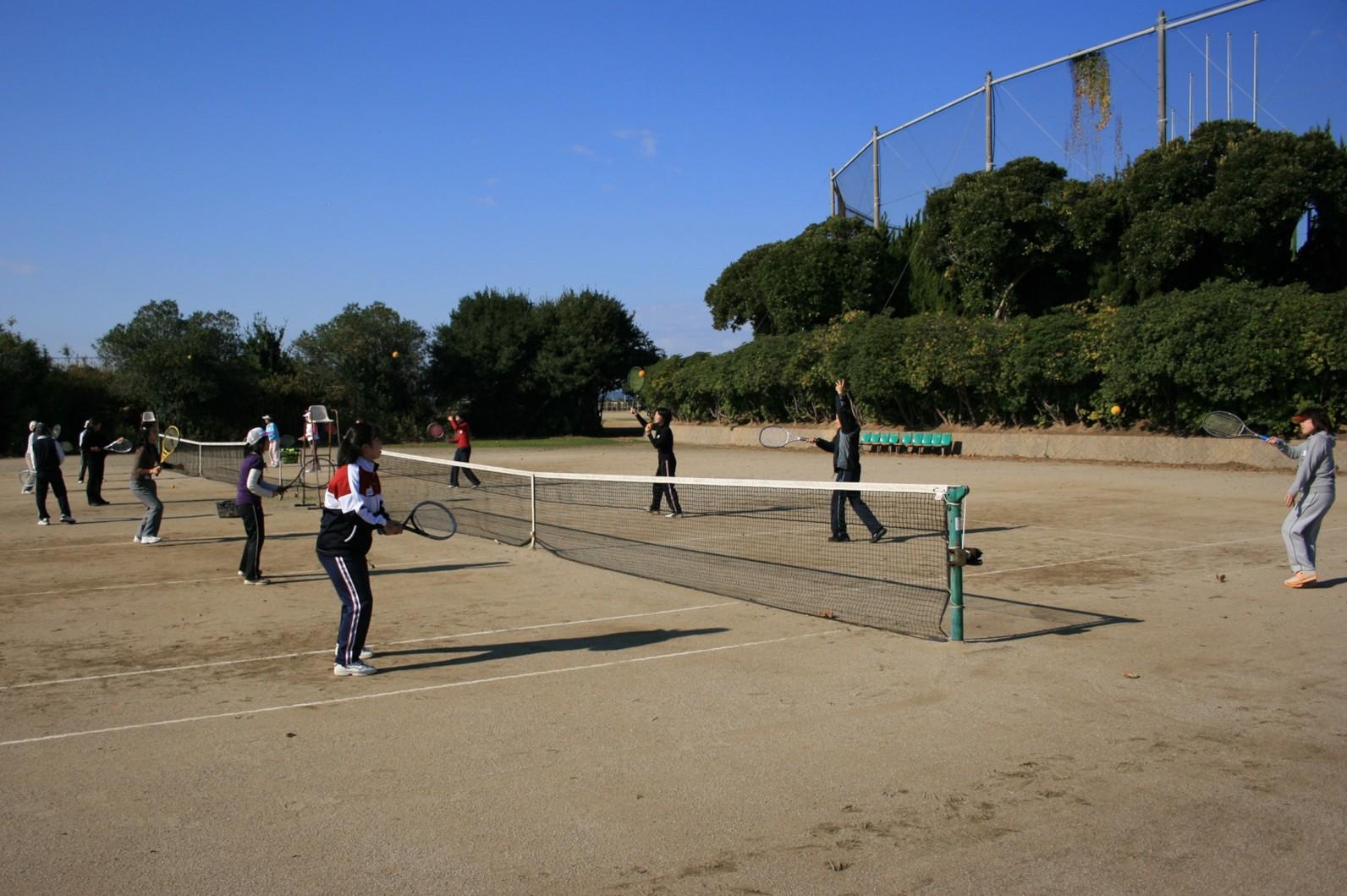 テニス競技場